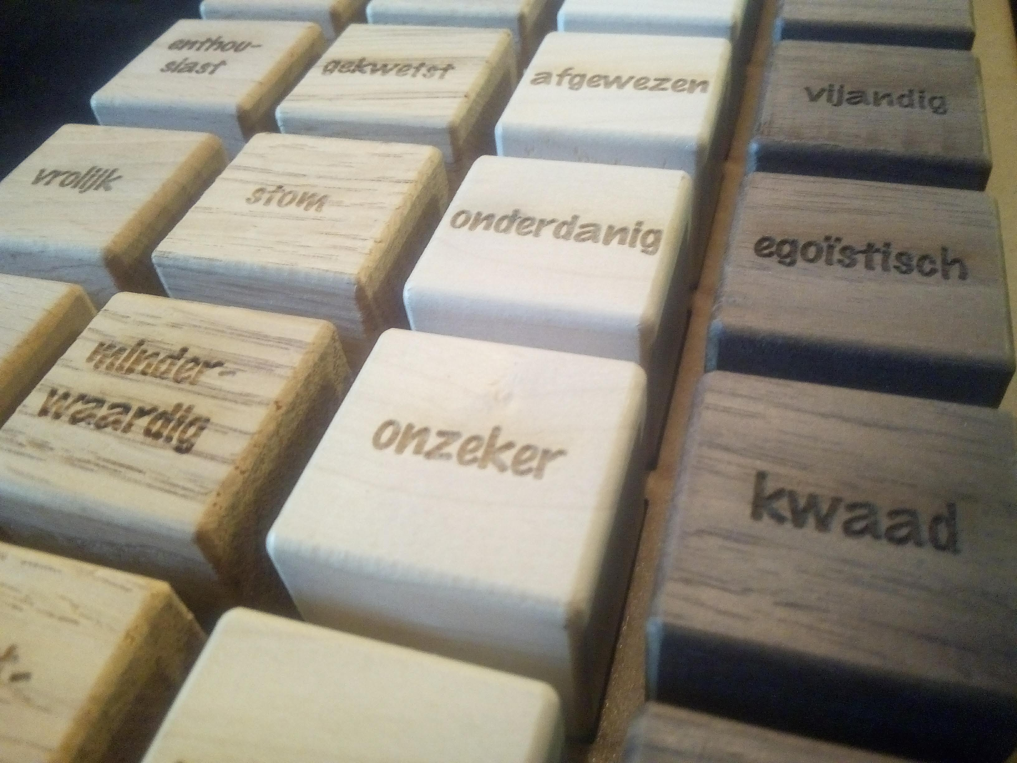 blokjes product design graveren